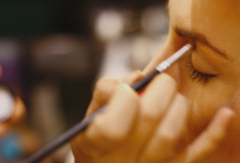 Makeup That Naturally Enhances Your Beauty